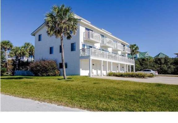 118 Pelican Circle, Seacrest Beach, FL